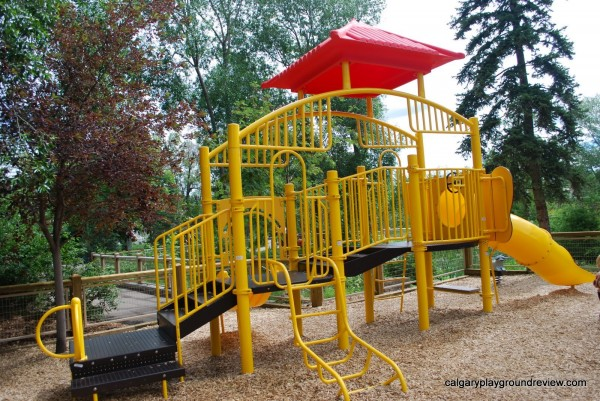 Calgary Zoo – Playgrounds and Rides