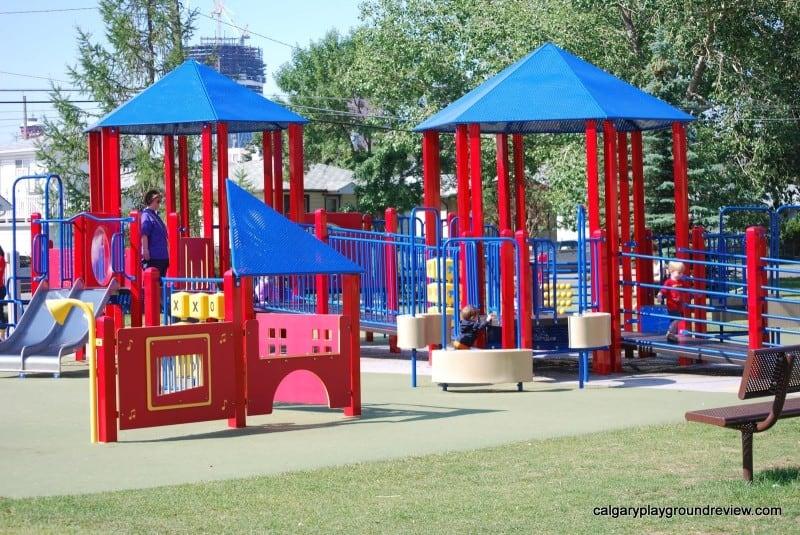 Renfrew Park Playground