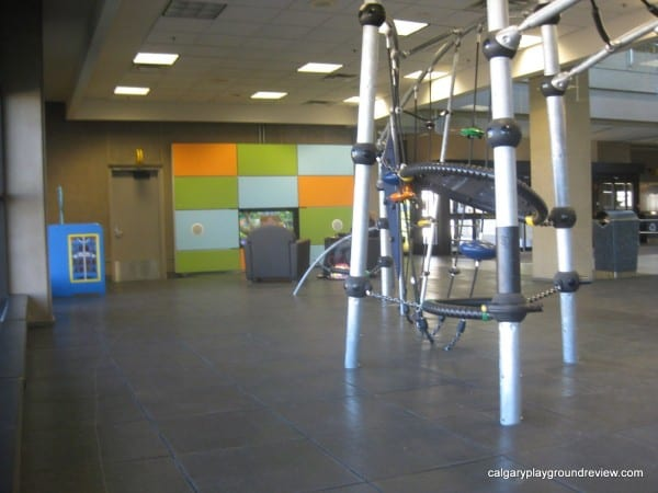 Calgary Airport – Indoor play areas