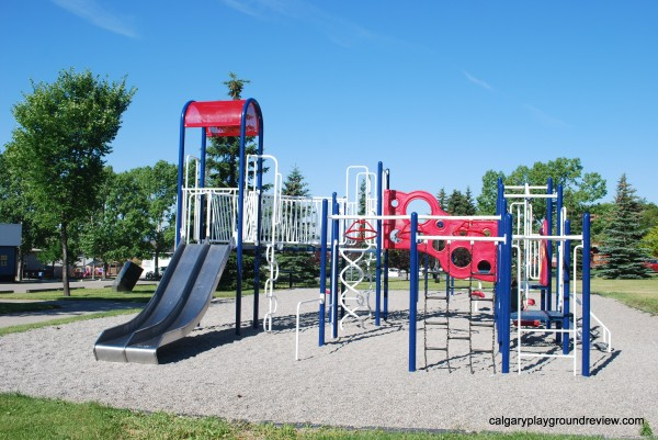 Albert Park–Radisson Heights Community Centre Playground
