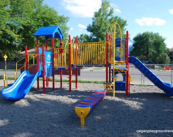 Hillhurst/Sunnyside Community Centre Playground