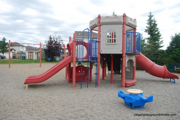 Coventry Hills Castle Playground