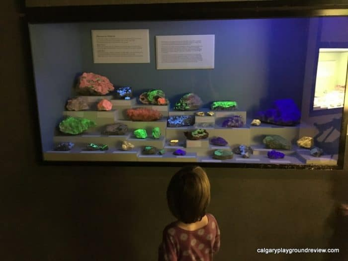 Glenbow - Treasures of the Mineral World