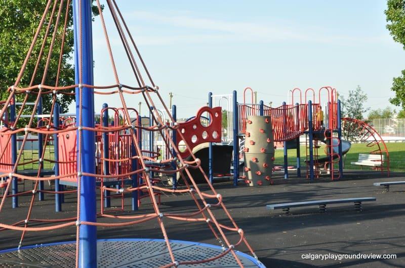 Simons Valley School Playground Calgaryplaygroundreview Com