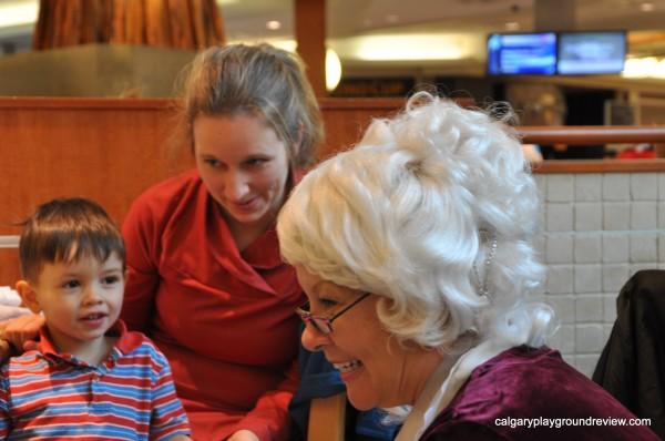 Breakfast With Santa – Market Mall – Nov 18, 2012