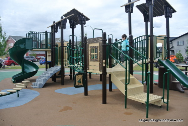 New Brighton Tree House Playground - Calgary, AB