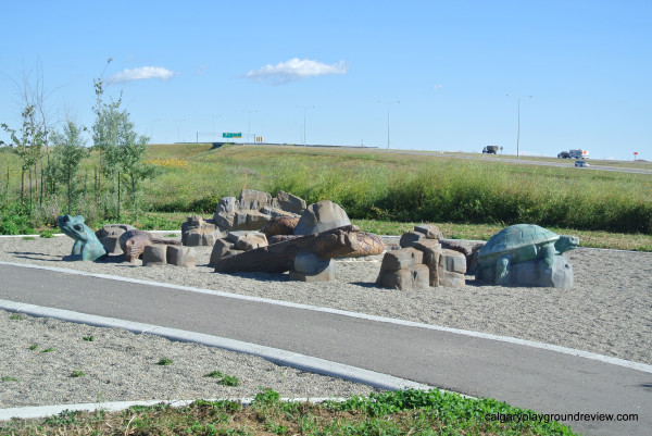 Applewood Rotary Greenway Playground - calgaryplaygroundreview.com