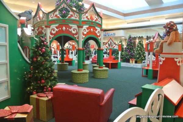 Market Mall Santa