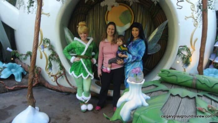 Photo op with Tinkerbell and Silverminst at Pixie Hollow in Disneyland