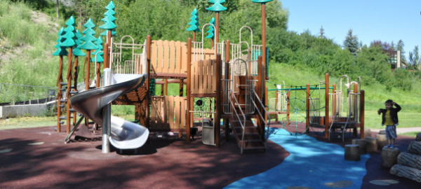cliff bungalow playground