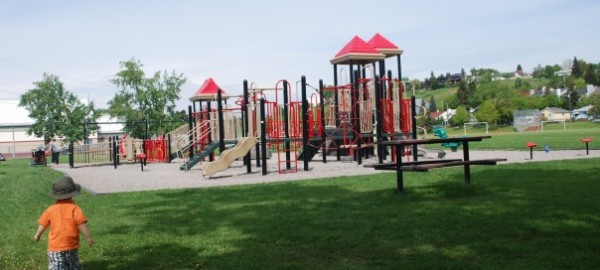 west hillhurst playground