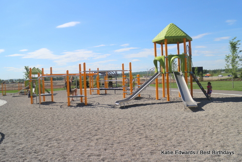 Walden Playground - calgaryplaygroundreview.com