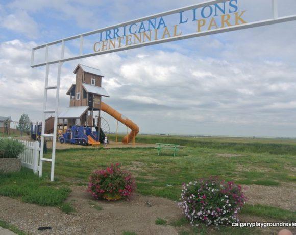 Irricana Grain Elevator Playground - calgaryplaygroundreview.com