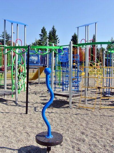 Yellow Slide Playground – Deer Run/Deer Ridge