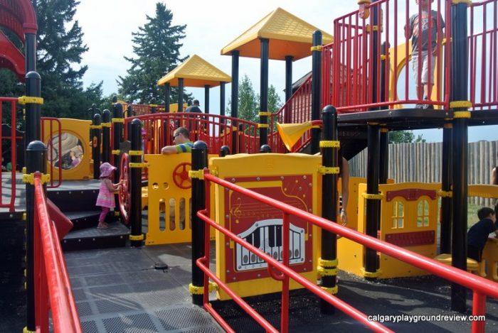 Heritage Park Train Playground - Calgary, AB - calgaryplaygroundreview.com