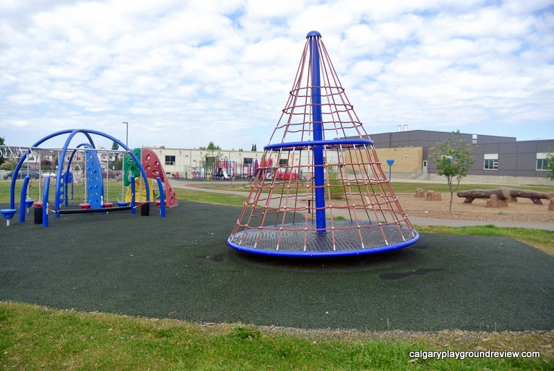 Tuscany School Playgrounds - calgaryplaygroundreview.com