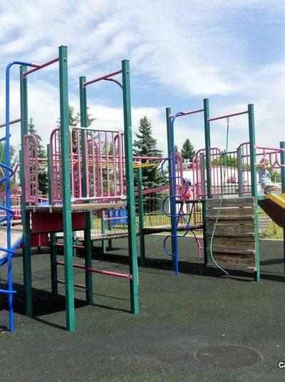 Haultain Memorial School Playground – Queensland