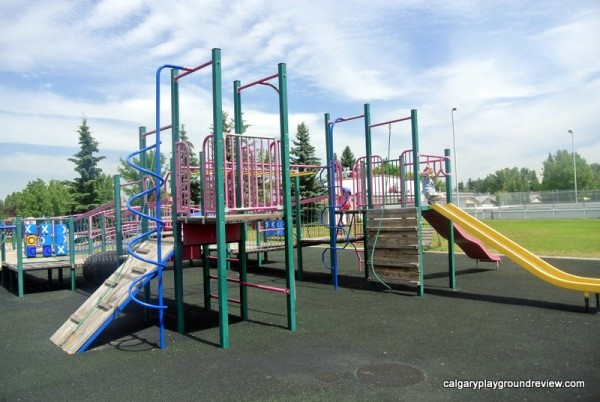 Haultain Memorial School - calgaryplaygroundreview.com