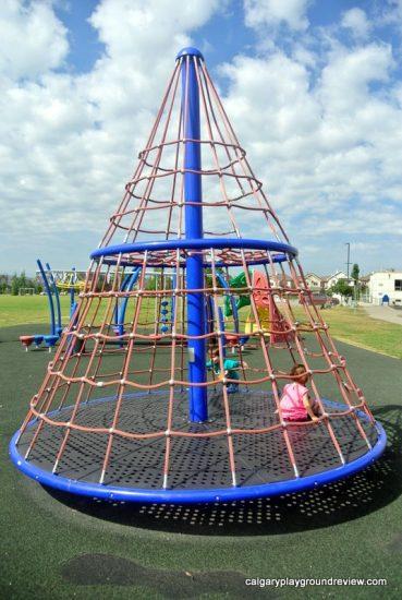 Tuscany School Playgrounds - calgaryplaygroundreview.com