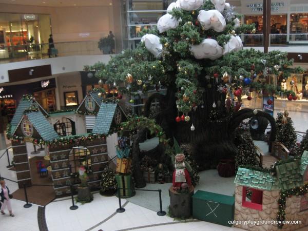 Photos with Santa at the mall in Calgary