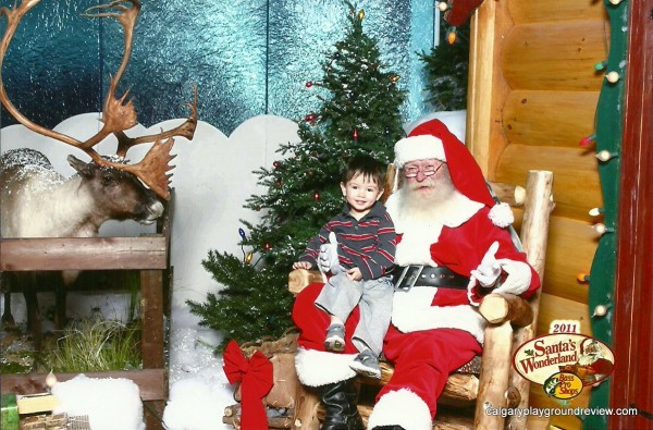 Photos with Santa at the mall in Calgary