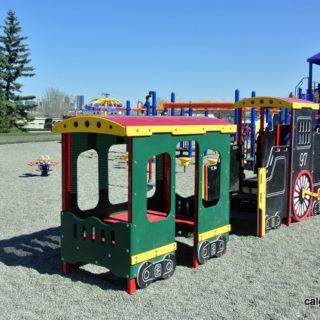 Flint Park Playground - calgaryplaygroundreview.com