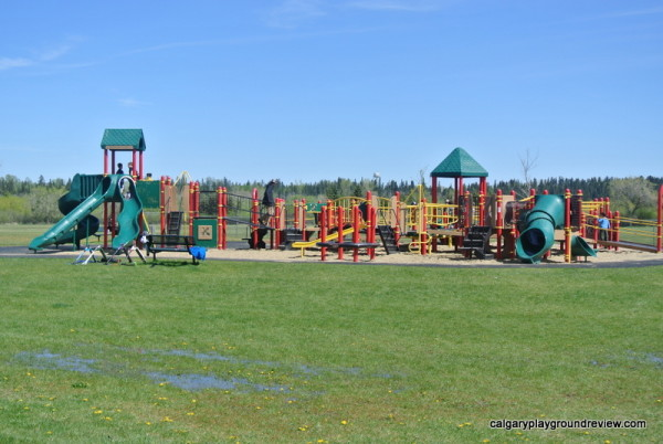 Parkland Playground - Red Deer - calgaryplaygroundreview.com