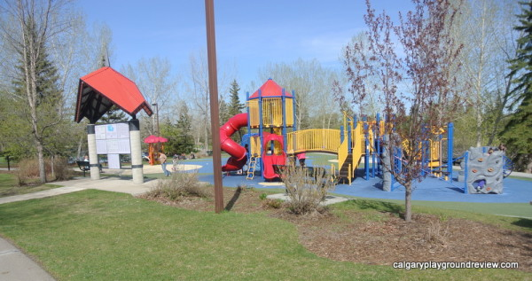 Bower Ponds - Red Deer - calgaryplaygroundreview.com