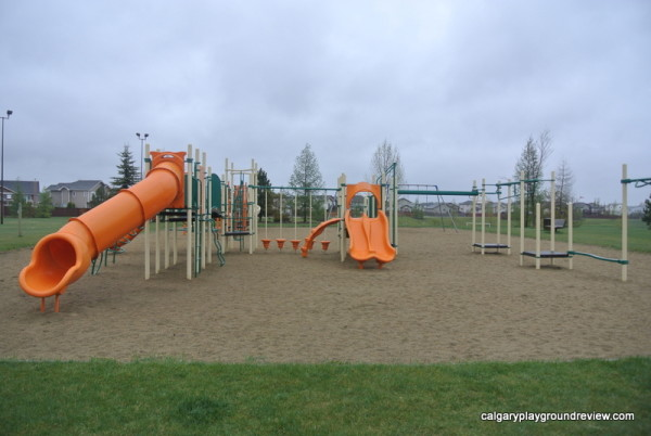 Kentwood Playground - Red Deer - calgaryplaygroundreview.com