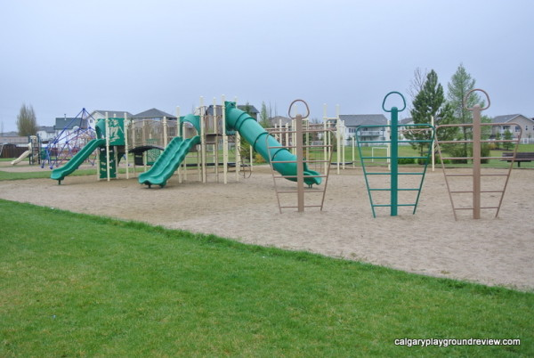 Lancaster Playground - Red Deer - calgaryplaygroundreview.com