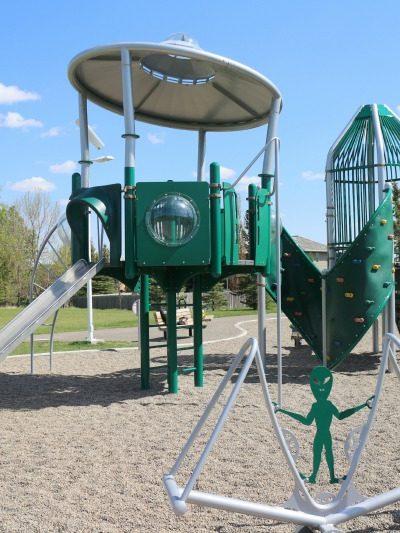 Ridgewood Park Playground – Lethbridge