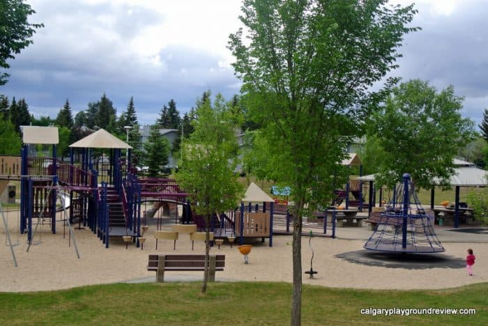 Ramsay Heights Playground - Awesome Edmonton Playgrounds - South of the River