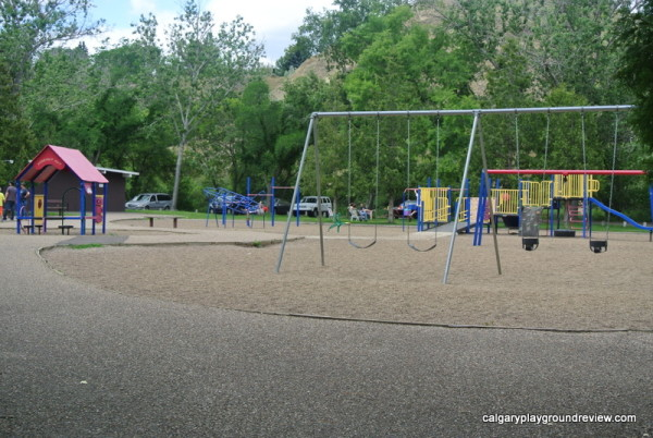 Medicine Hat Playgrounds, Parks and Spray Parks - Kin Coulee - Medicine Hat - Kinette Korner