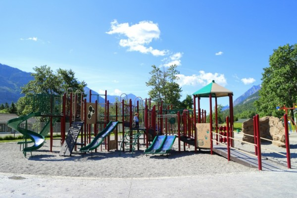 waterton-playground-11