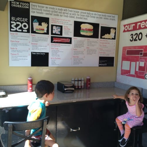 Burger 320 - Eating out with kids in Calgary