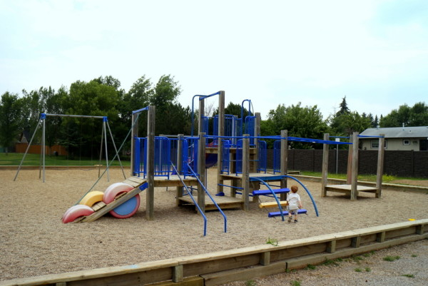 How We Had a Super Fun Vacation in Saskatoon - River Heights Playground