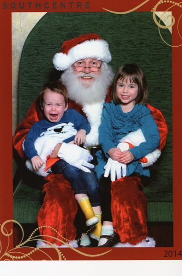 A humorous (but helpful) guide to getting great pictures with Santa