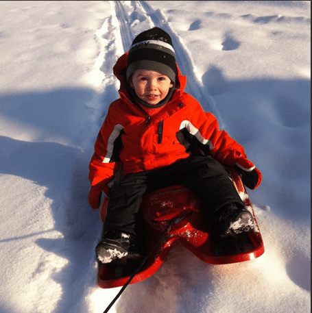 Tobogganing - Things to do with kids in Calgary in the Winter