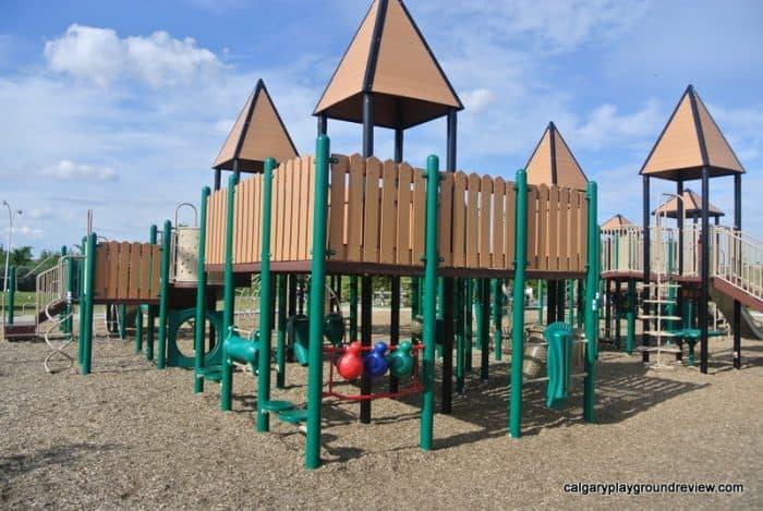 Jackie Parker Park Playground – Edmonton