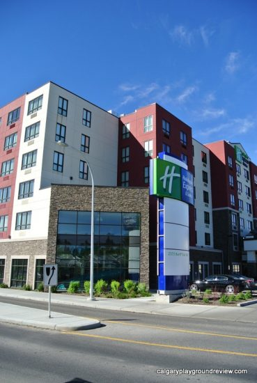 Calgary Staycation - Holiday Inn Express University