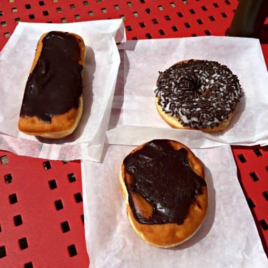 rockys-bakery-donuts