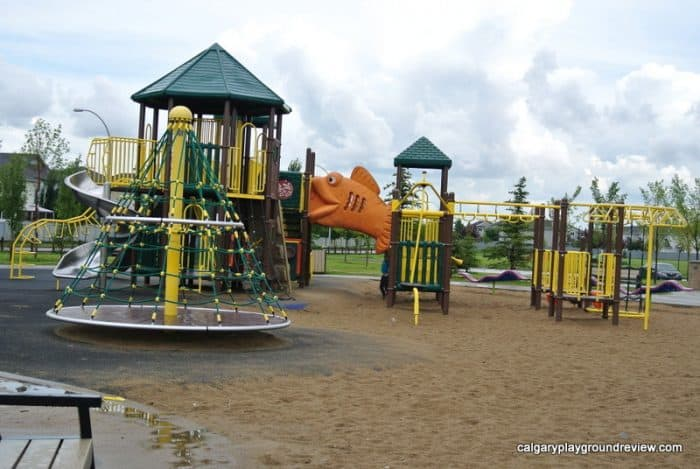 Hudson Park Playground - Awesome Edmonton Playgrounds - North of the River