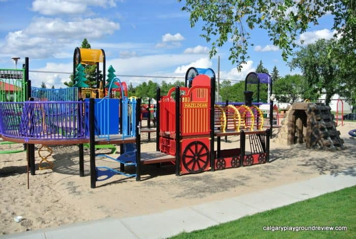 Hazeldean Park Playground - Awesome Edmonton Playgrounds - South of the River