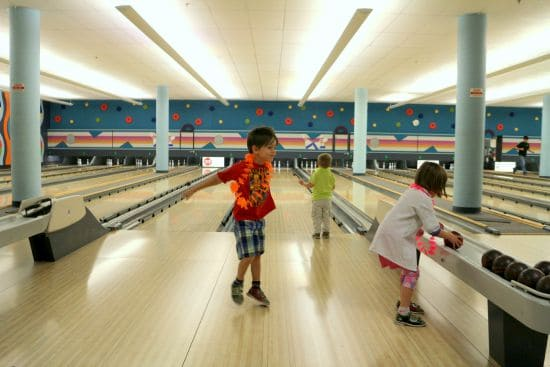 Bowling in Calgary - Things to do with kids in Calgary in the Winter