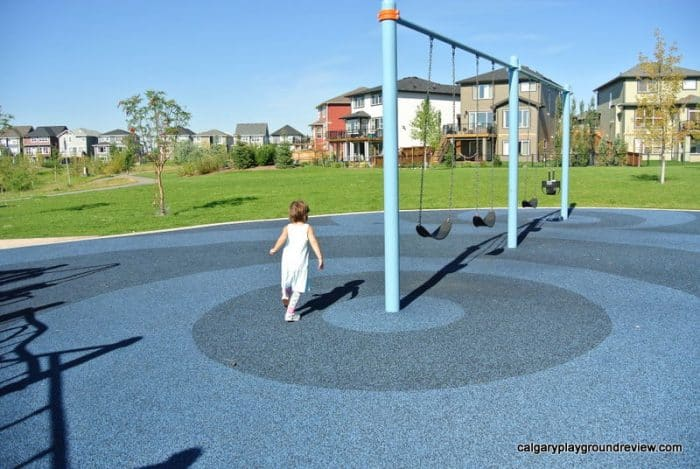 Auburn Bay Ave Pond Playground