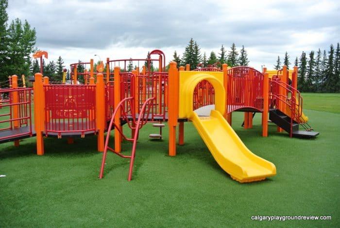 Avondale Park Playground Grande Prairie