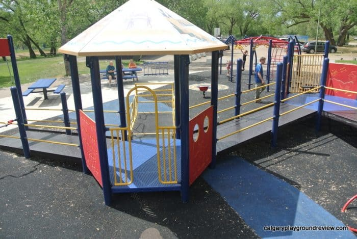Strathcona Island Playground and Spray Park - Medicine Hat, AB