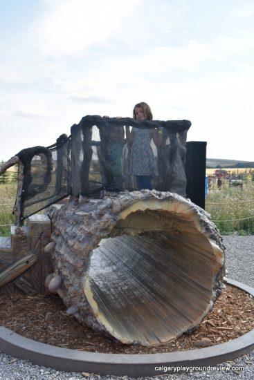 Log climber feature