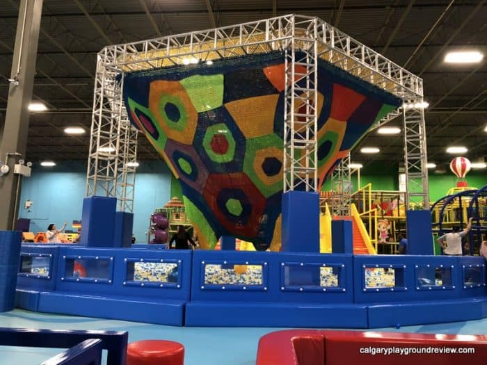 Wide view of the ball pit and the net climber
