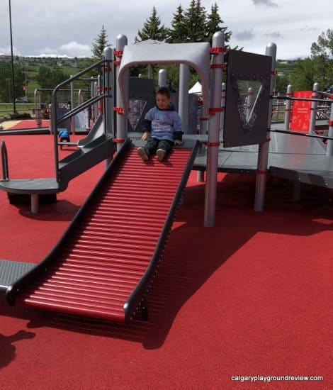 Playgrounds With Roller Slides Calgaryplaygroundreview Com